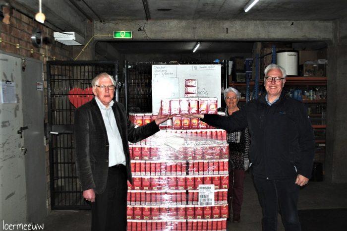 Lionsclub Elburg-Oldebroek goed voor maar liefst 2130 pakken koffie