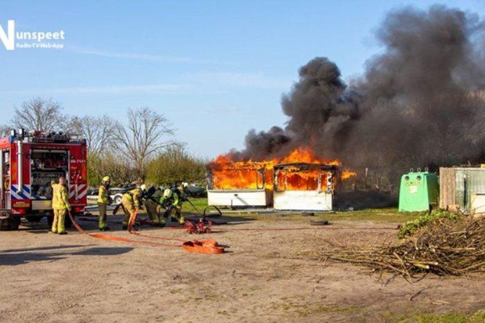 Twee stacaravans uitgebrand op camping  Polsmaten Nunspeet