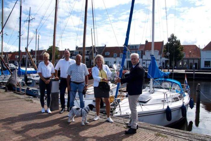 5000ste passant in de haven van Elburg