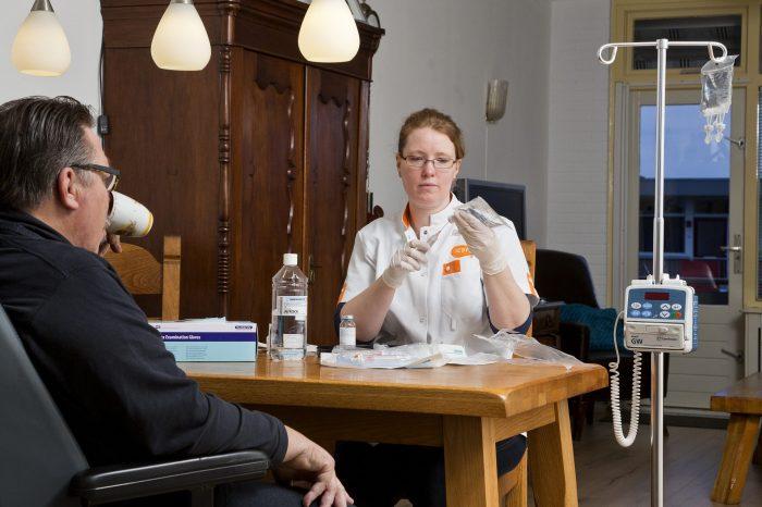 St Jansdal start immuuntherapie thuis voor longkankerpatiënten